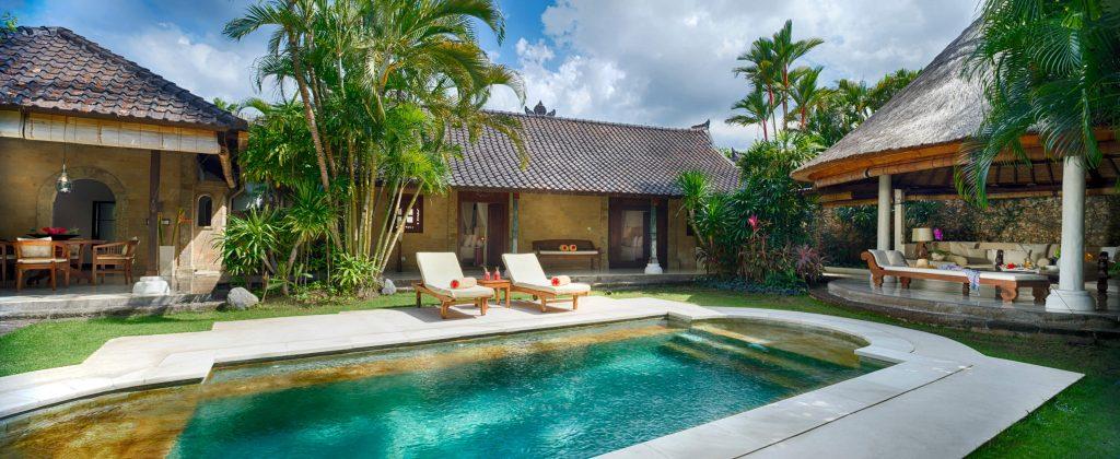 Villa Kubu heeft 17 Privé luxe villa's in het hart van Seminyak, Bali.