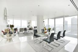 Superb Apartment close to Barbican Theatre