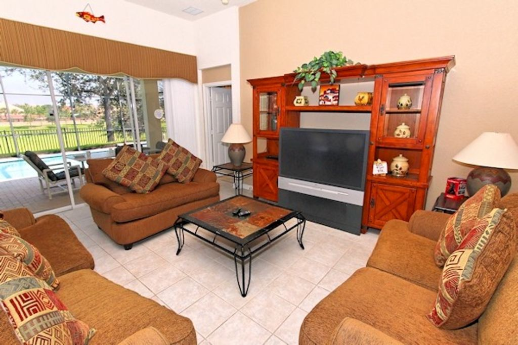 Luxury family friendly home close Disney and theme parks