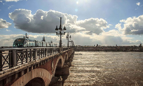 Bordeaux has having a few beautiful beaches where you can spend a great time with your family.