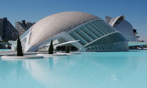 Valencia is a third largest city in Spain and it offers many things to see and experience such as old and new buildings, castles and beautiful beaches.