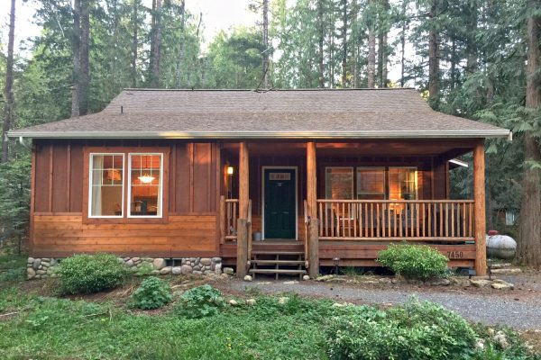 Mt. baker lodging - glacier springs cabin #095gs - hot tub - wi-fi - pets ok - sleeps 4