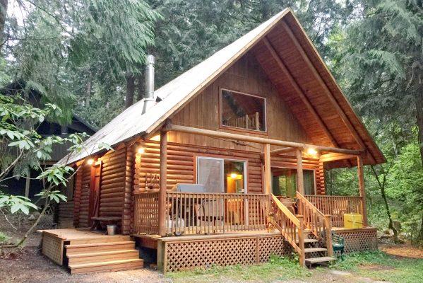 Mt. baker lodging - mt. baker rim cabin 17mbr - log cabin - bbq - pets ok - wifi - sleeps 8