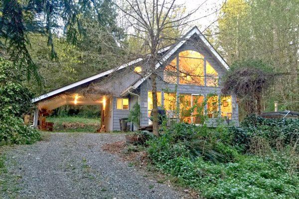 Mt. baker lodging - glacier springs cabin #39gs - hot tub - bbq - pets ok - wifi - sleeps 6