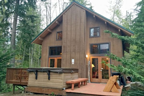 Mt. baker lodging - mt. baker rim cabin #44mbr - hot tub- pets ok - wifi - bbq - sleeps 6