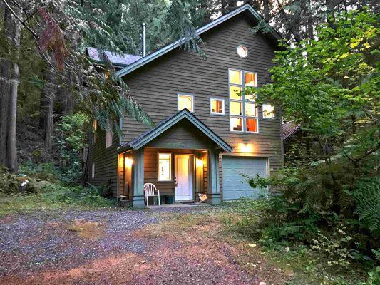 Mt. baker lodging - snowline cabin #51sl - ping pong - fireplace - d/w - w/d - sleeps 8