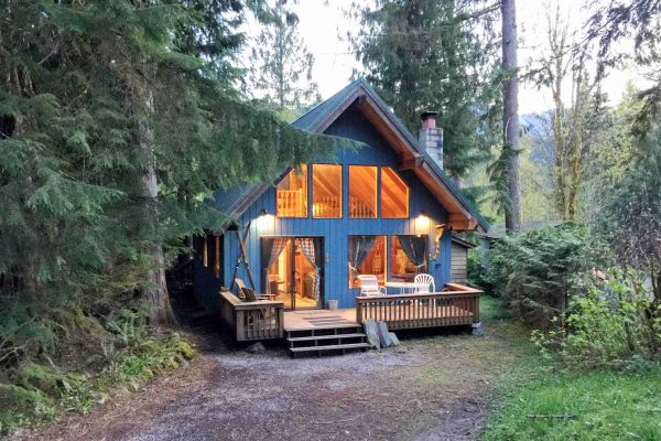 Mt. baker lodging - mt. baker rim cabin #53mbr - hot tub - wi-fi - sleeps 6