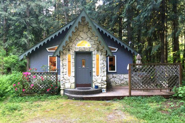 Mt. baker lodging - glacier springs cabin #60gs - hot tub - bbq - wifi - sleeps 2