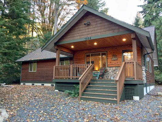 Mt. baker lodging - glacier springs cabin #65gs - hot tub - wi-fi - pets ok - bbq