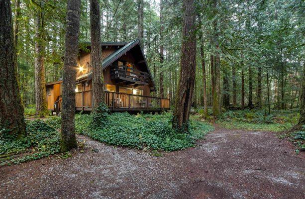 Mt. baker lodging - glacier springs cabin #27gs - bbq - pets ok - wifi - sleeps 10