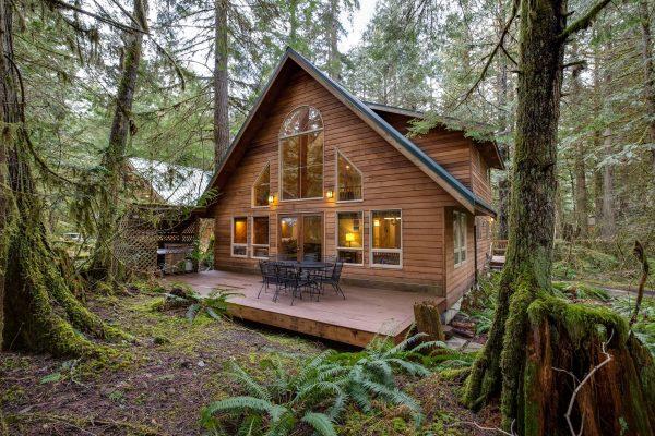 Mt. baker lodging - 40sl - hot tub - bbq - pets ok - wifi - sleeps-8
